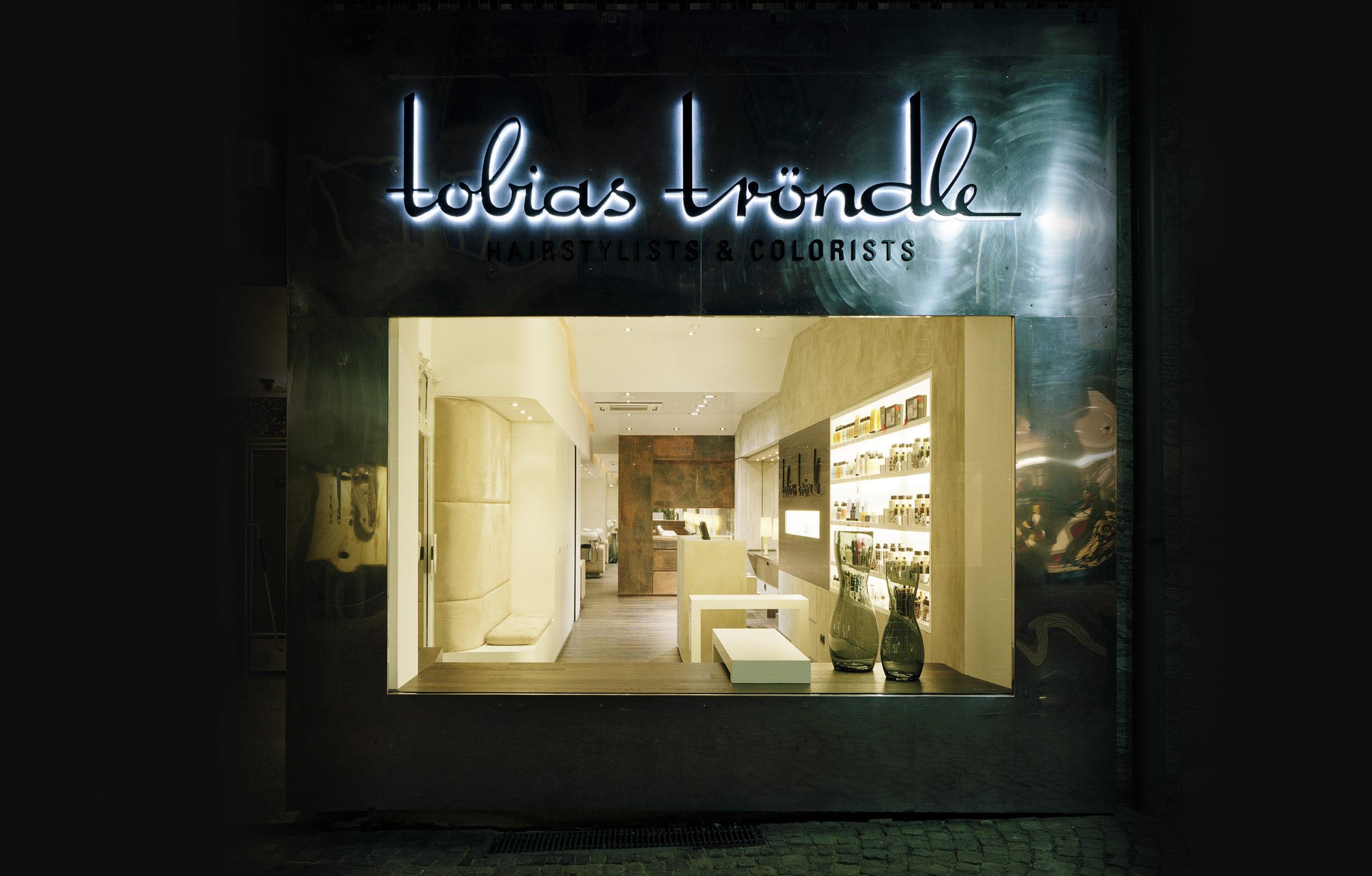 Salon Tobias Tröndle - zwischen der Alten Oper und der Börse Frankfurt